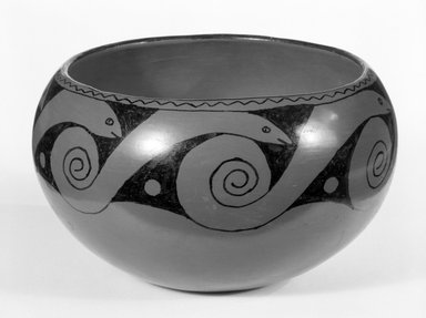 Mary Juan (Maricopa, 1892-1977). <em>Red Bowl with black snake design</em>, ca. 1950. Clay, slip, Height: 4 1/2 in. (11.4 cm). Brooklyn Museum, Brooklyn Museum Collection, X948. Creative Commons-BY (Photo: Brooklyn Museum, X948_bw.jpg)