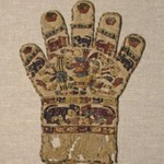 Textile in the Form of a Glove