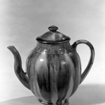 Ovoid-Shaped Teapot with Cover
