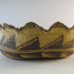 Basket with scalloped edge