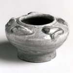 Container in the Form of a Frog, Yue Ware