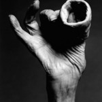 Louise Bourgeois, Hand with Clay