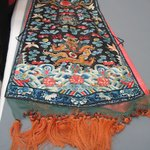 Embroidered Sleeveless Robe