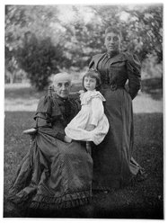 Alfred Stieglitz (American, 1864-1946). <em>Mrs. Hermann, Ruth Schram and Mrs. Schram</em>, ca. 1895. Platinum print on photographic paper, 7 15/16 x 6 in. Brooklyn Museum, Purchased with funds given in memory of Barbara Sinclair LaSalle, Museum Registrar 1963-1989, 1989.167.1. © artist or artist's estate (Photo: Brooklyn Museum, 1989.167.1_bw.jpg)