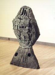 Eduardo Paolozzi (British, born Edinburgh, 1924-2005). <em>Very Large Head</em>, 1958. Bronze, 72 x 36 x 24 in. Brooklyn Museum, Gift of Richard C. Weisberg in honor of his parents, Morris and Mildred, 1991.212. © artist or artist's estate (Photo: Brooklyn Museum, 1991.212.jpg)