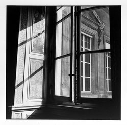 Bruce Cratsley (American, 1944-1998). <em>Louvre Window, Paris</em>, 1980. Selenium-toned gelatin silver photograph, image: 9 1/2 x 9 1/4 in. (24.1 x 23.5 cm). Brooklyn Museum, Gift of Jonathan L. Fagin, 1995.207.13. © artist or artist's estate (Photo: Brooklyn Museum, 1995.207.13_bw.jpg)
