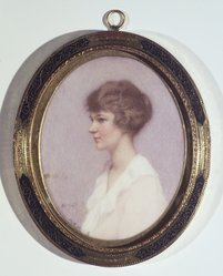 Mabel R. Welch (American, 1871-1959). <em>Margaret</em>, before 1931. Watercolor on card portrait in wood frame under glass, Image (sight): 4 1/16 x 3 1/4 in. (10.3 x 8.3 cm). Brooklyn Museum, Museum Collection Fund, 31.751. © artist or artist's estate (Photo: Brooklyn Museum, 31.751.jpg)