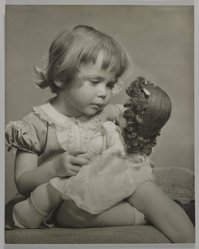Mildred E. Hatry (American, 1893-1973). <em>Little Mother</em>. Photograph, 15 x 18 in. (38.1 x 45.7 cm). Brooklyn Museum, Gift of the artist, 46.5.2. © artist or artist's estate (Photo: , 46.5.2_PS4.jpg)