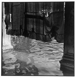 Bruce Cratsley (American, 1944-1998). <em>Curtain Over Alta Aqua Near Doges Palace, Piazzo San Marco</em>, 1980. Selenium-toned gelatin silver photograph, sheet: 9 1/4 x 9 1/4 in. (23.5 x 23.5 cm). Brooklyn Museum, Gift of the artist, 86.96.1. © artist or artist's estate (Photo: Brooklyn Museum, 86.96.1_bw.jpg)