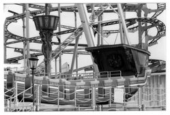 Deborah Freeman (American, born Italy, 1947). <em>Untitled (Coney Island)</em>, 1982. Dye transfer chromogenic photograph, image: 6 1/2 x 9 3/4 in. (16.5 x 24.8 cm). Brooklyn Museum, Gift of the artist, 87.151. © artist or artist's estate (Photo: Brooklyn Museum, 87.151_bw.jpg)