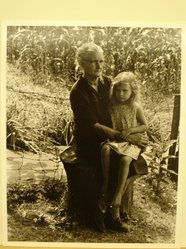 Builder Levy (American, born 1942). <em>Mae Phillips and Her Granddaughter Jeanne Kildav, Harlan County, Kentucky, 1974</em>, 1974. Toned gelatin silver photograph, sheet: 10 × 8 in. (25.4 × 20.3 cm). Brooklyn Museum, Gift of Harold and Vivian Levy, 85.189.4. © artist or artist's estate (Photo: Brooklyn Museum, CUR.85.189.4.jpg)