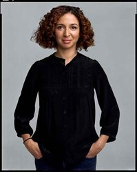 Timothy Greenfield-Sanders (American, born 1952). <em>Maya Rudolph</em>, 2008. Inkjet print, 58 x 44 in. (147.3 x 111.8 cm). Brooklyn Museum, Gift of Melva Bucksbaum, 2020.23.17. © artist or artist's estate (Photo: Image courtesy of the artist, CUR.L2015.8.17_Greenfield-Sanders_photograph.jpg)