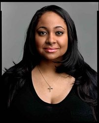 Timothy Greenfield-Sanders (American, born 1952). <em>Raven Symone</em>, 2009. Inkjet print, 58 x 44 in. (147.3 x 111.8 cm). Brooklyn Museum, Gift of Melva Bucksbaum, 2020.23.20. © artist or artist's estate (Photo: Image courtesy of the artist, CUR.L2015.8.20_Greenfield-Sanders_photograph.jpg)