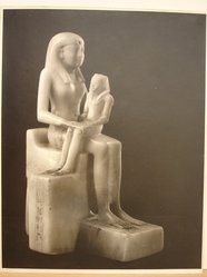 Herman de Wetter (American, born Estonia, 1880-1950). <em>Photograph of the Statuette of Queen Ankhnes-meryre II and her Son, Pepy II</em>, n.d. Gelatin silver photograph, 13 7/8 x 11 in. (35.2 x 27.9 cm). Brooklyn Museum, Brooklyn Museum Collection, X894.85. © artist or artist's estate (Photo: Brooklyn Museum, CUR.X894.85.jpg)